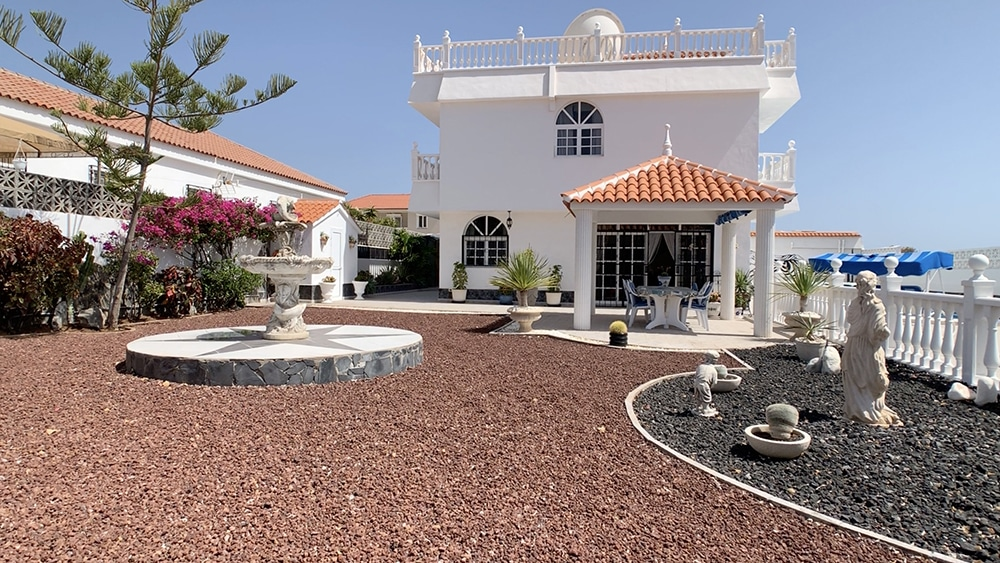 Impressive Detached Villa for sale in Callao Salvaje